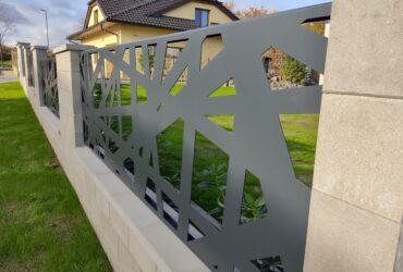 hliníkový plot pavučina (13)
