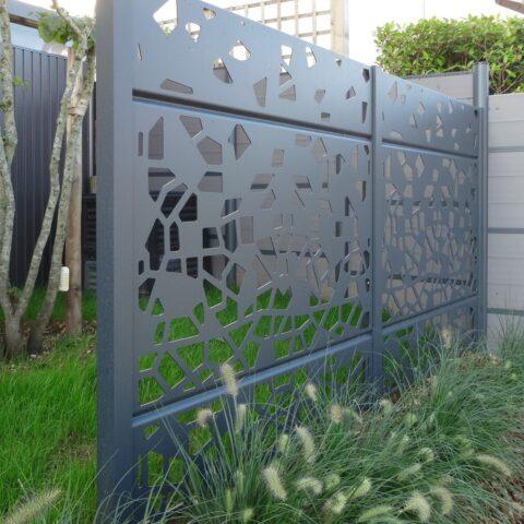 hliníkový plot 16